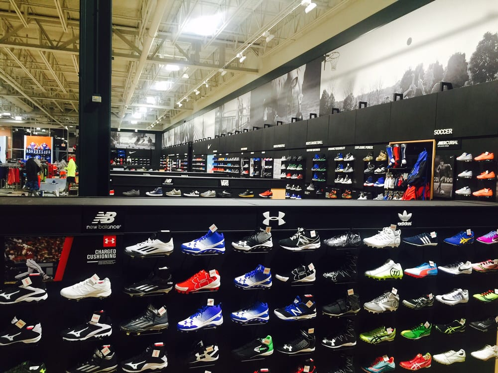 new concept 131c1 70719 DICK'S Sporting Goods - 2019 All You Need to Know BEFORE You ...
