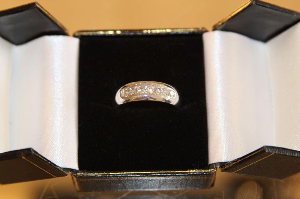 V & V Jewelry: 6554 Bird Rd, Miami, FL