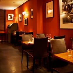 dîner dans le sombre Londres datant goth site de rencontres au Royaume-Uni