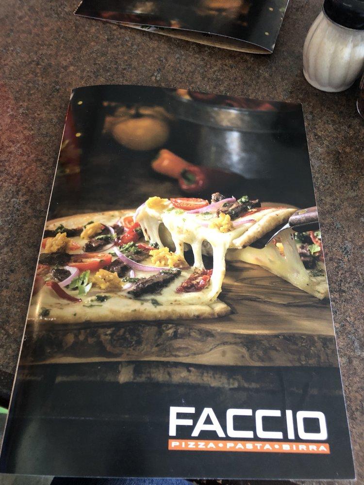 Faccio Pizza: Av Ramón Luis Rivera, Bayamón, PR