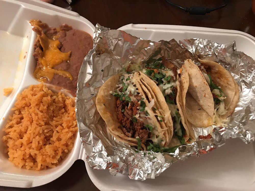 Montoyas Mexican Restaurant: 2507 Chelsea Dr, Fort Mitchell, KY