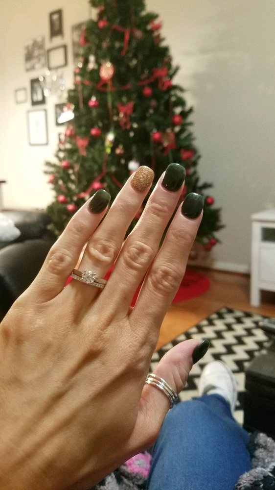 Christmas nails...dip powder by Kelly. Love them! - Yelp