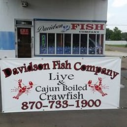 Davidson fish market seafood markets 1322 e broadway for Fishing in memphis