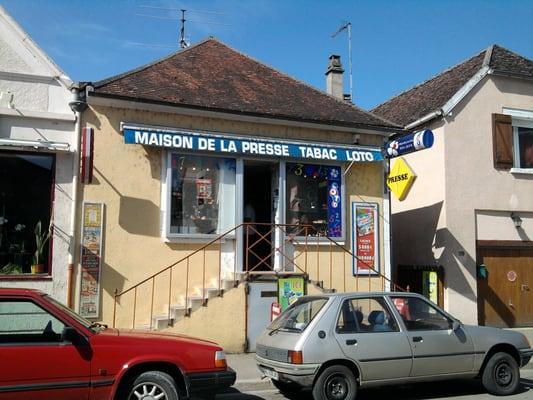 Maison de la presse bureaux de tabac grande rue vincelles