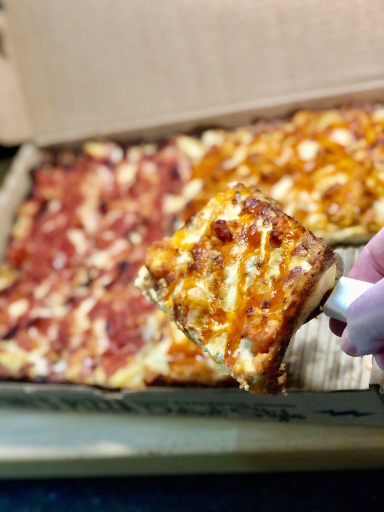 Toni's Detroit Style Pizza