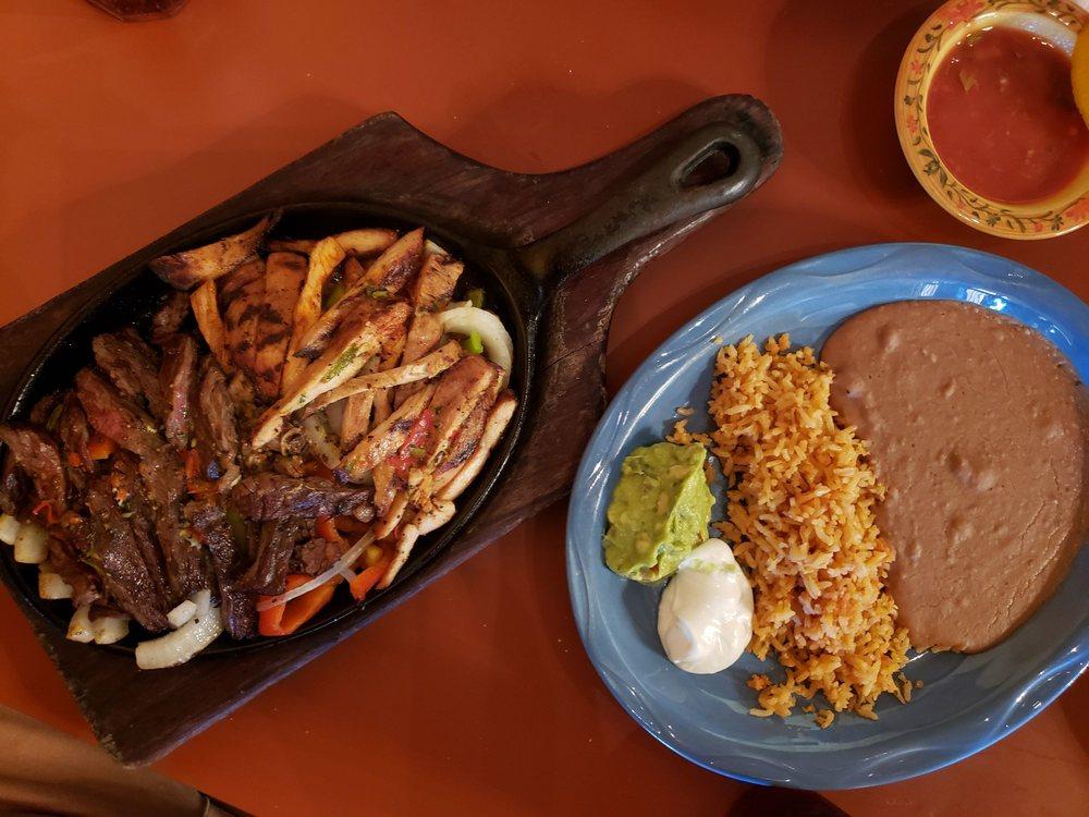 Jalisco Restaurant: 618 Main St, Watsonville, CA