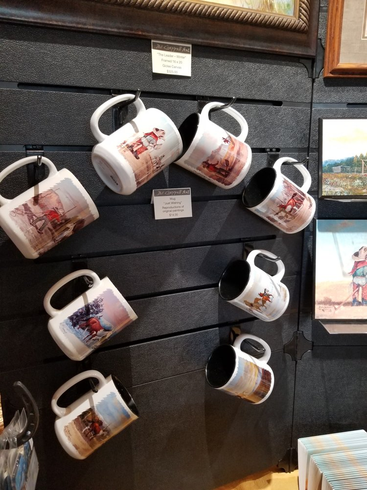 The Rustic Lantern Taphouse: 117 N Rice St, Hamilton, TX