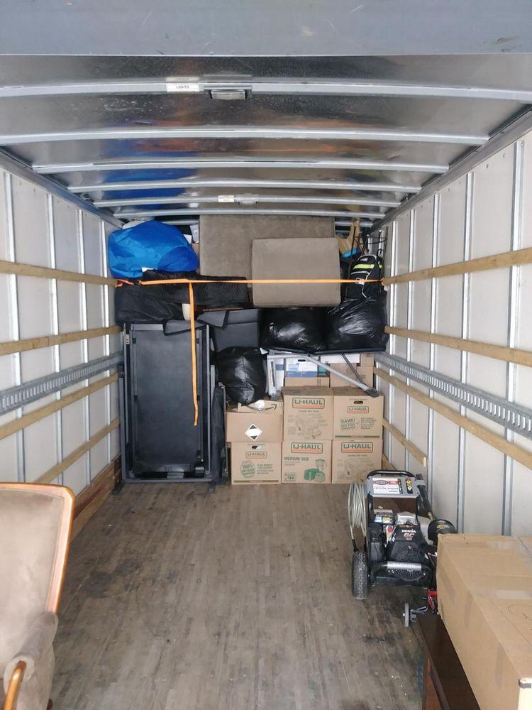 Westmoreland Movers: 1124 Ridgeview Dr, Latrobe, PA