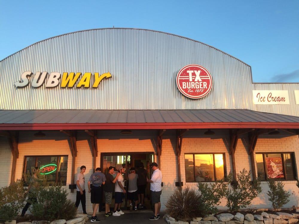 TX Burger - Fairfield: 677 W US-84, Fairfield, TX