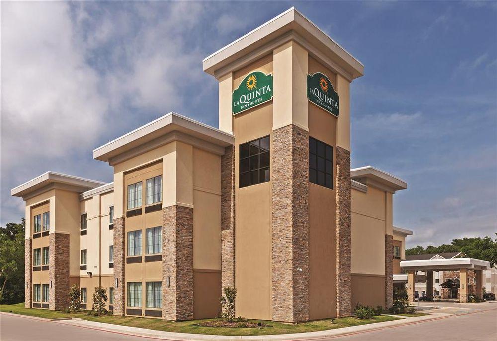 La Quinta Inn & Suites Tyler - University Area: 2552 S SE Loop 323, Tyler, TX