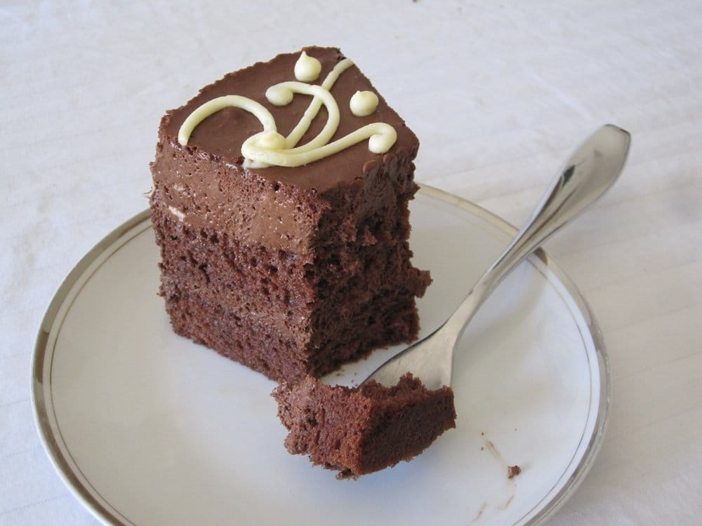 Jamaican rum chocolate mousse cake soaked with delicious for Jamaican chocolate rum cake recipe