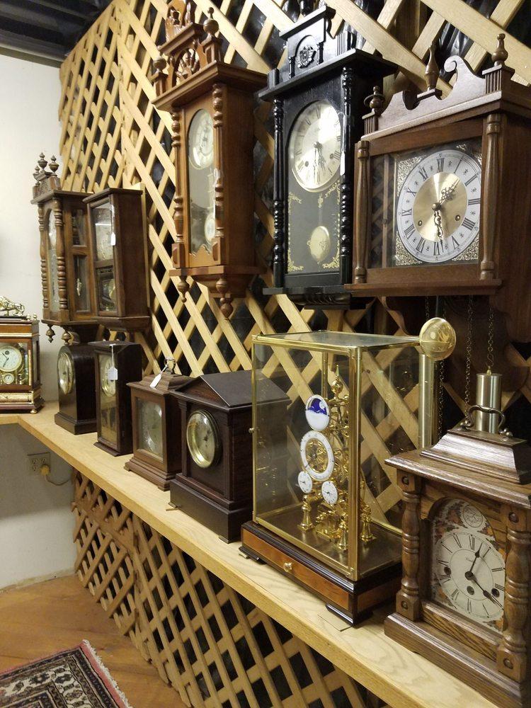Hawley Antique Exchange: 209 Bellemonte Ave, Hawley, PA