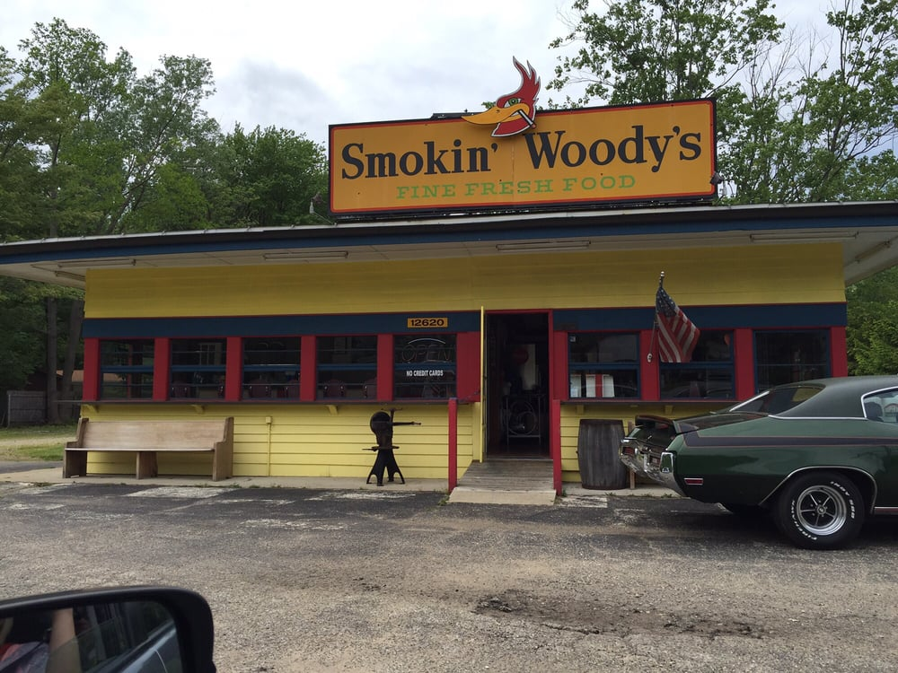 Smokin' Woody's: 12620 Red Arrow Hwy, Sawyer, MI