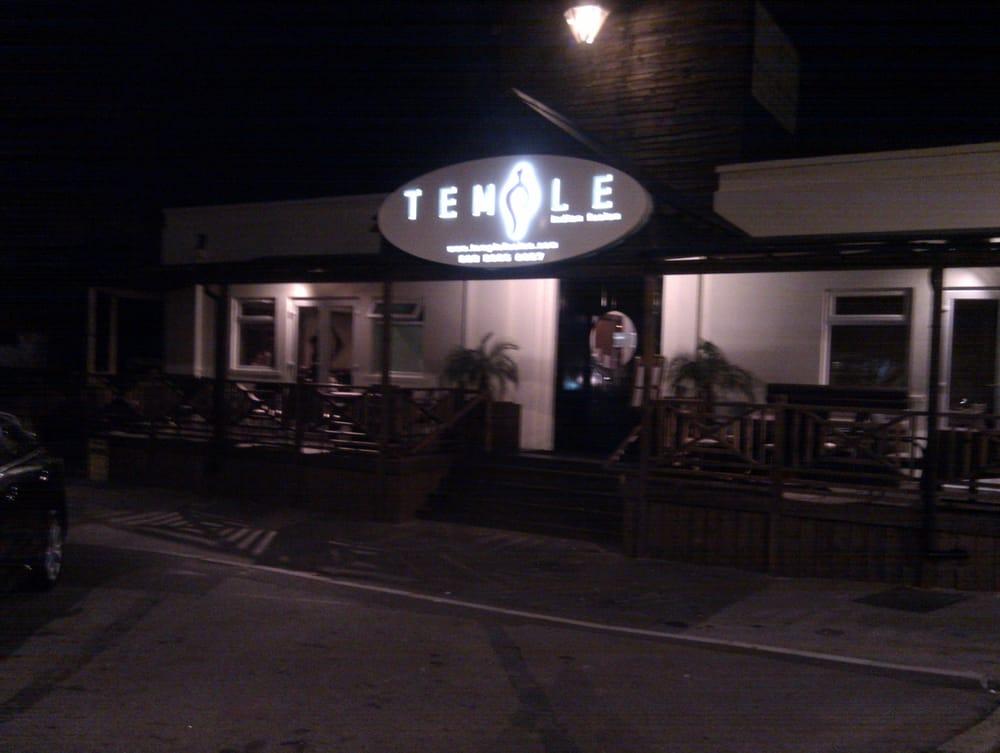 Temple restaurant indien old parcel office woodford londres london ro - Bon restaurant indien londres ...