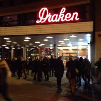 fest ledsagare svälja nära Göteborg
