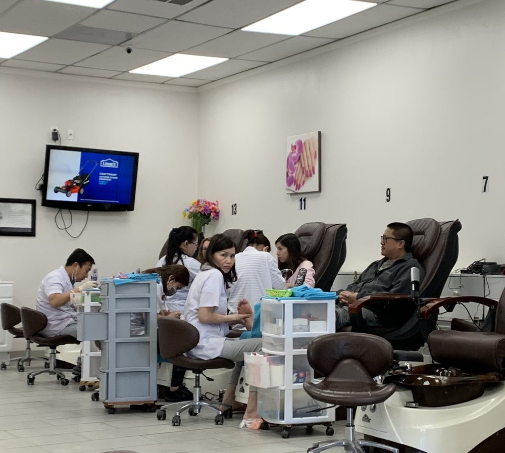 The Nails Center: 1794 Erringer Ave, Simi Valley, CA