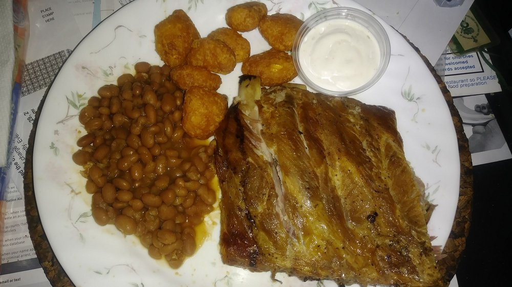 Real Deal Grill & More: 185 W Andrews St, Milledgeville, GA
