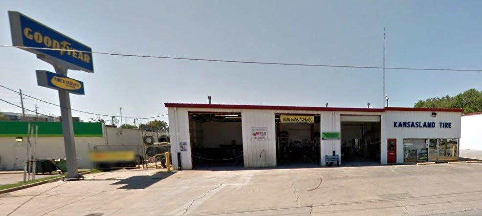Kansasland Tire and Service: 611 Prairie St, Emporia, KS