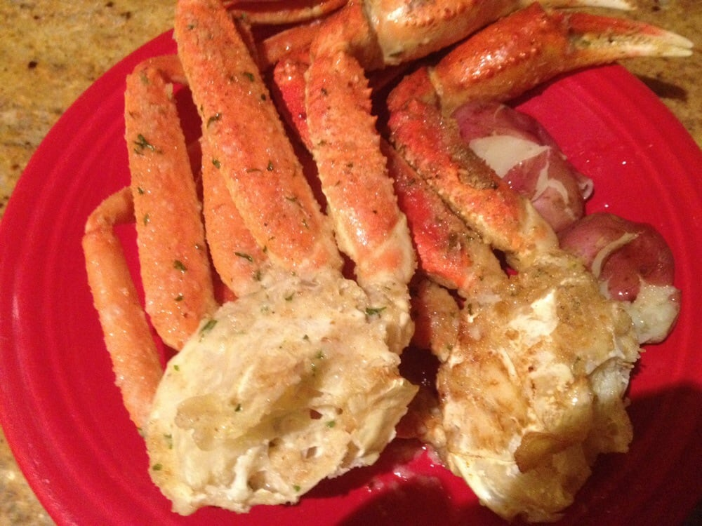 Quality large crab legs cooked   btw anchor does not cook