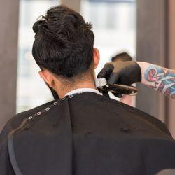 gentleman s 312 barber lounge 12 photos men s hair salons 111 rh yelp com