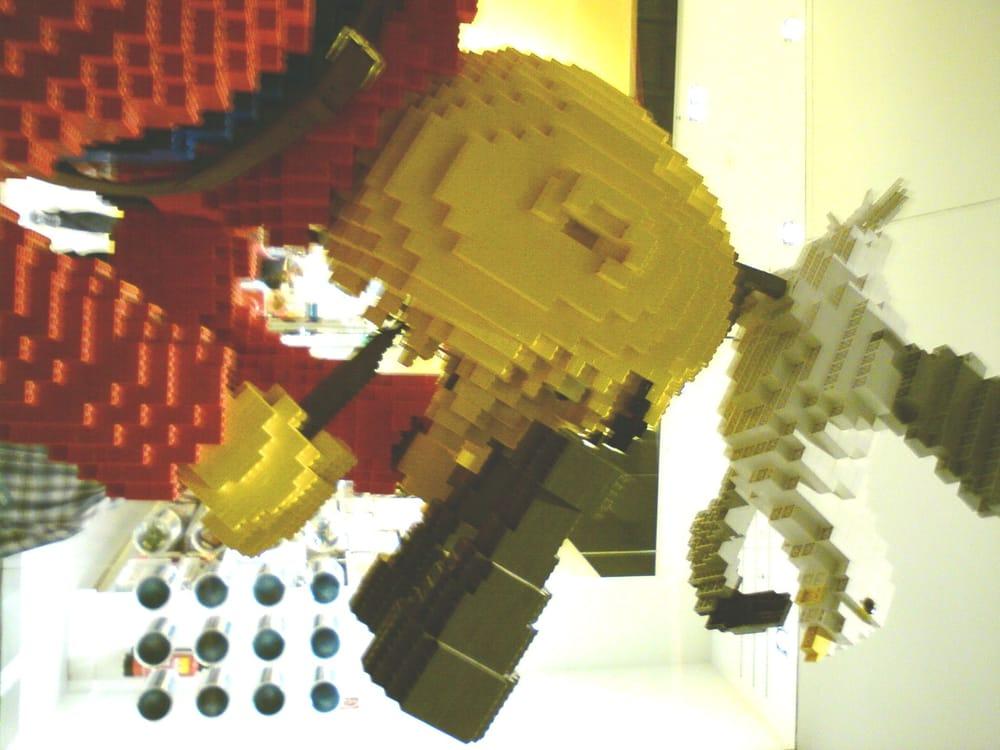 Fotos zu lego store yelp for Lego entwickler job
