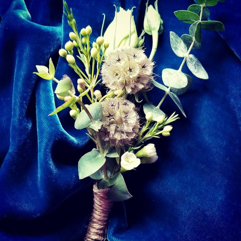 Le Fleur Diva Floral Design Studio: 8659 Rambling Rose Dr, Ooltewah, TN