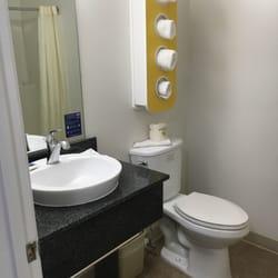 Photo Of Savannah Suites Chamblee Ga United States Bathroom
