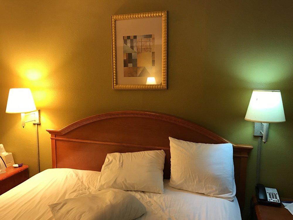 Motel 6 Livingston: 117 US Hwy 59 Lp S, Livingston, TX