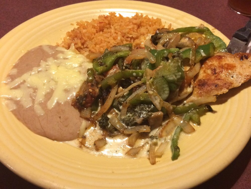 El Rio Mexican Grill: 571 Mall Rd, Oak Hill, WV