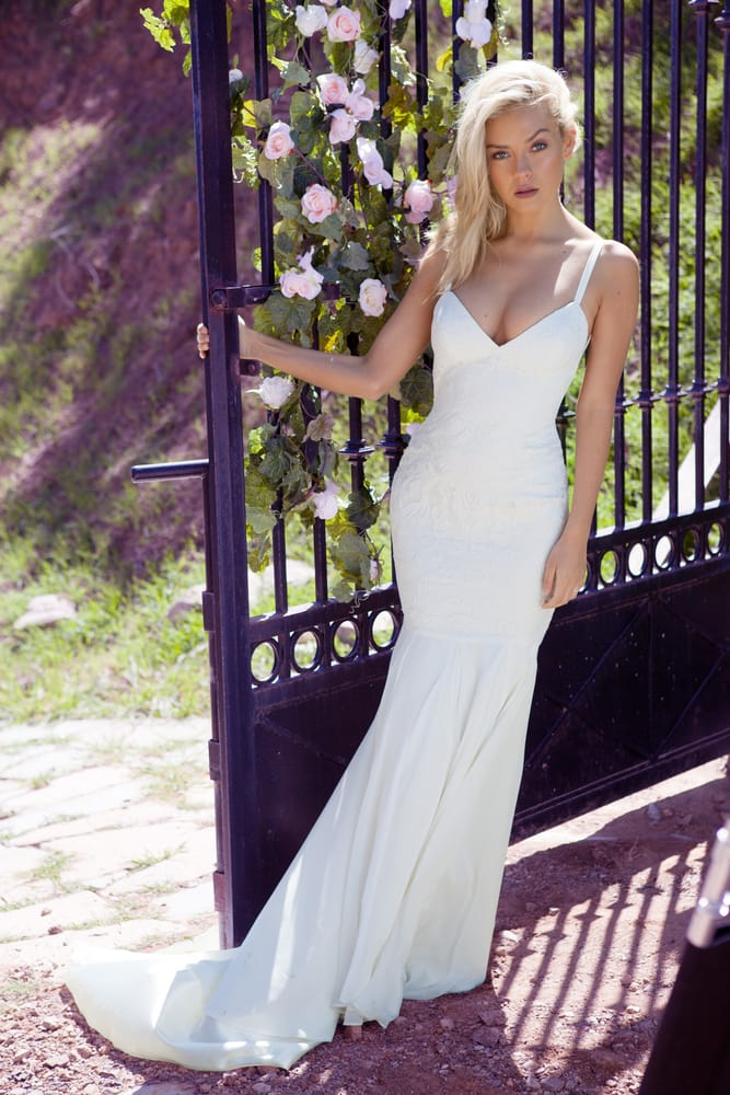 The monaco gown yelp for Pawn shops that buy wedding dresses
