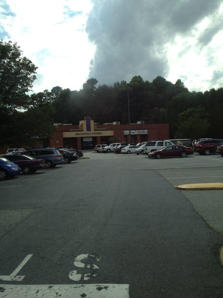 Brassfield Cinema Ten 18 Reviews Cinemas 2101 New Garden Rd Greensboro Nc United States