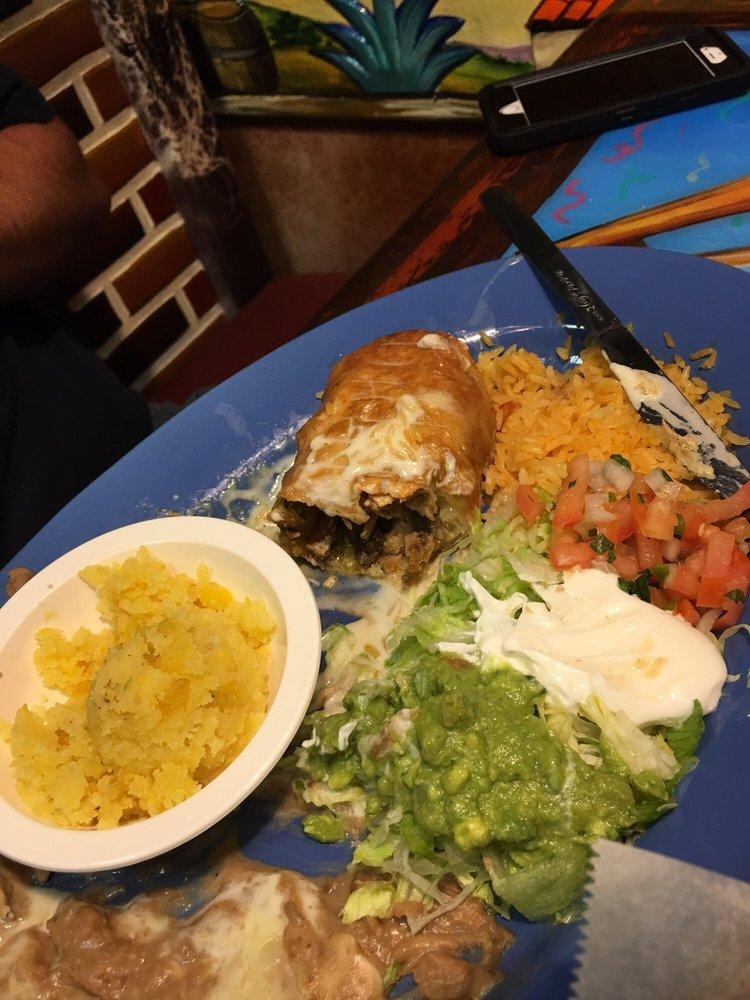 Si Señor Mexican Bar and Grill: 227 Arnold Crossroads Ctr, Arnold, MO