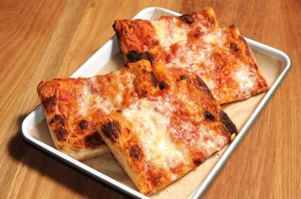 Pizza Motus