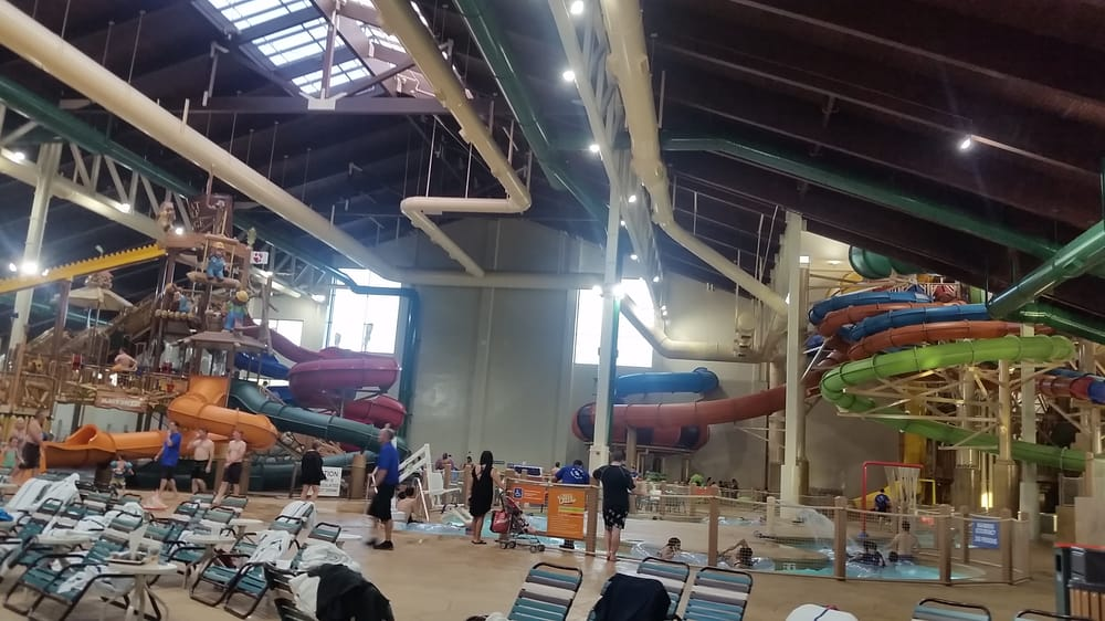 New Indoor Water Park And Hotel In Socal Greatwolflodge Yelp