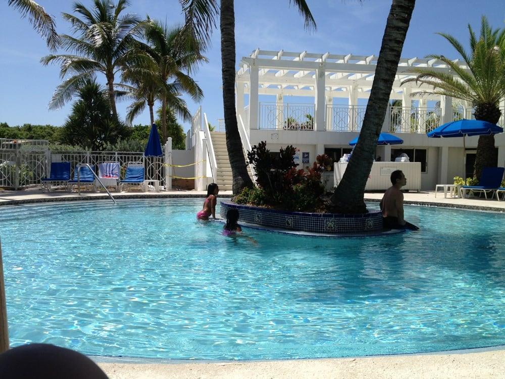 Pool Cleaners Miami Beach