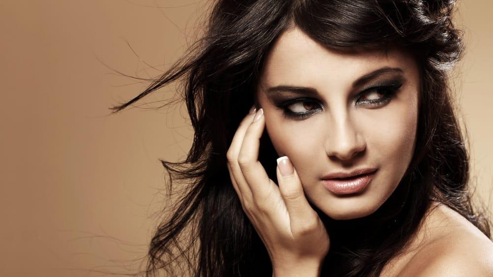 Coollight coiffeurs salons de coiffure 12 mansel for Samantha oups au salon de coiffure