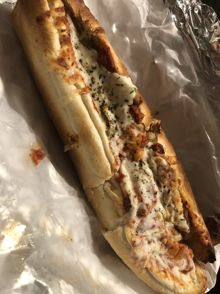 Tony's Pizza: 6975 A1A S, Saint Augustine, FL