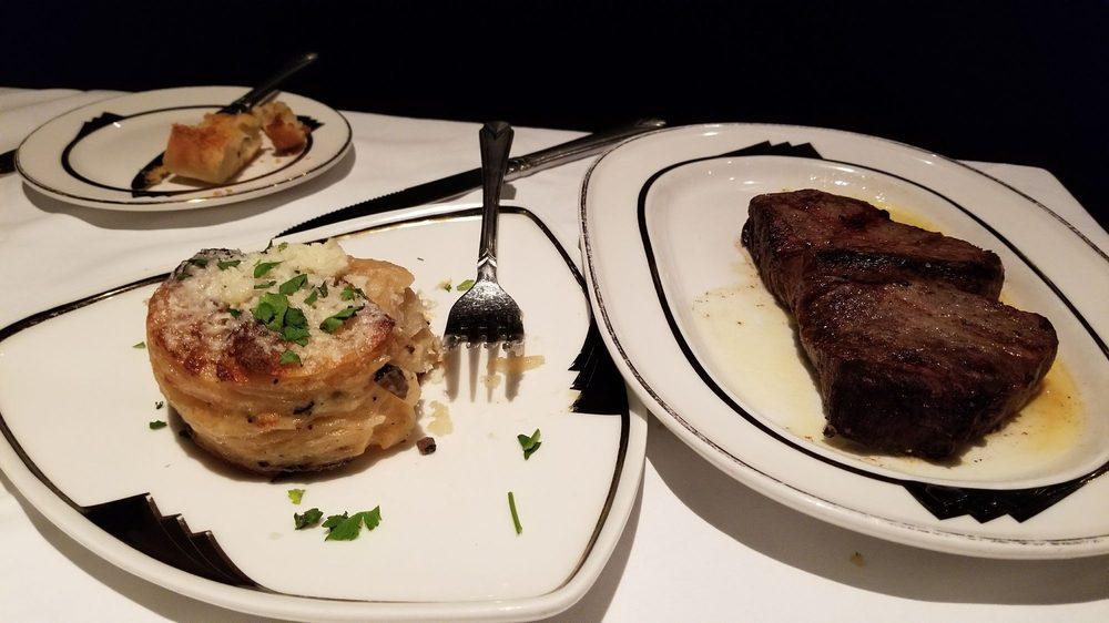 LBV Steak & Pasta: 1420 Mountaineer Cir, New Cumberland, WV