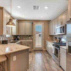 Photo Of Bella Victoria Luxury Apartment Homes Mesa Az United States Kitchen