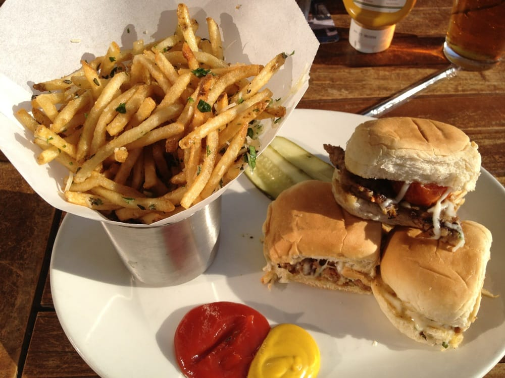 Turkey sliders and truffle fries yelp for Classic sliders yard house