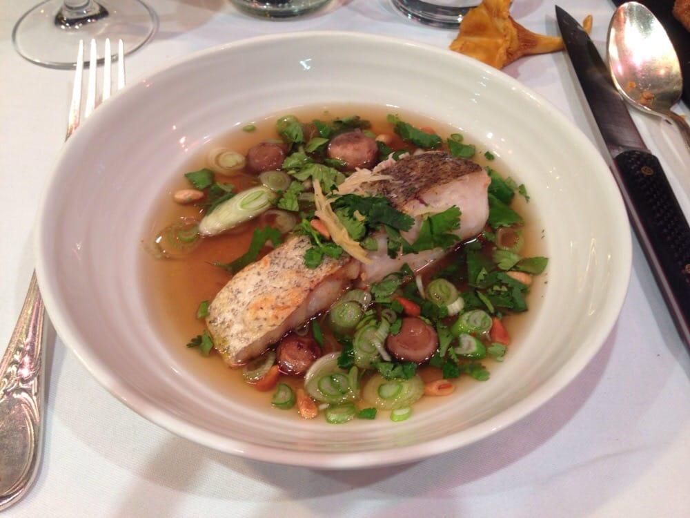 Merely de linge the au champignon de paris coriandre - Le comptoir du relais restaurant reservations ...