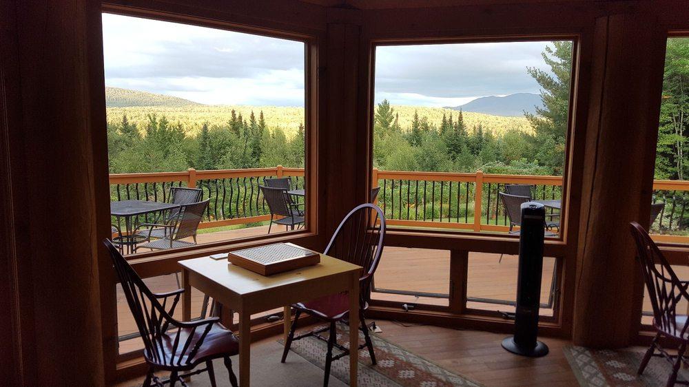 Bear Mountain Lodge Bed & Breakfast: 3249 Main St, Bethlehem, NH