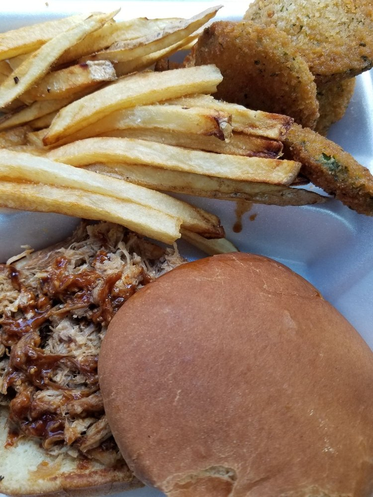 Rendezvous BBQ: 703 4th Ave, Fort Garland, CO