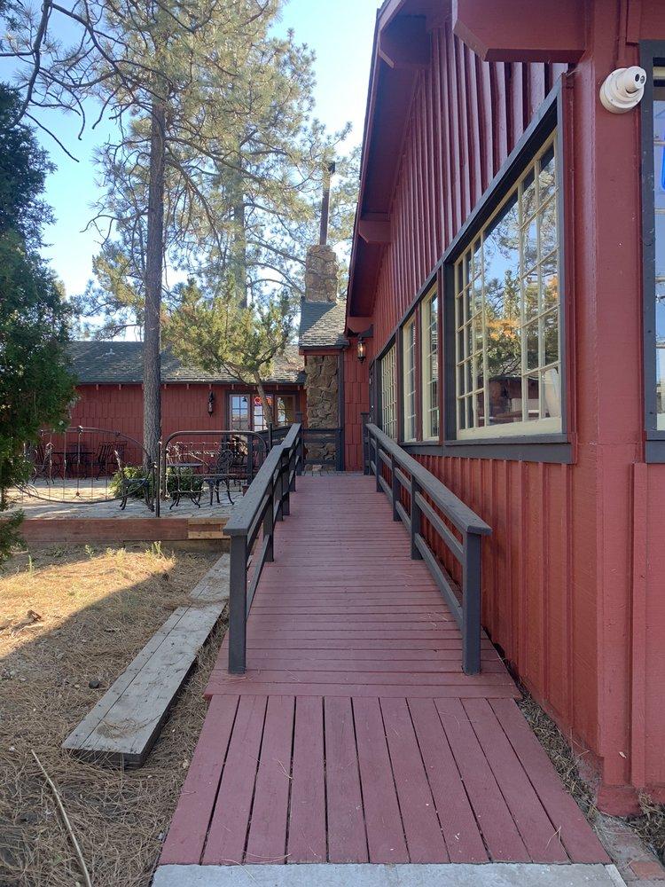 Pine Valley House Restaurant: 28841 Old Highway 80, Pine Valley, CA