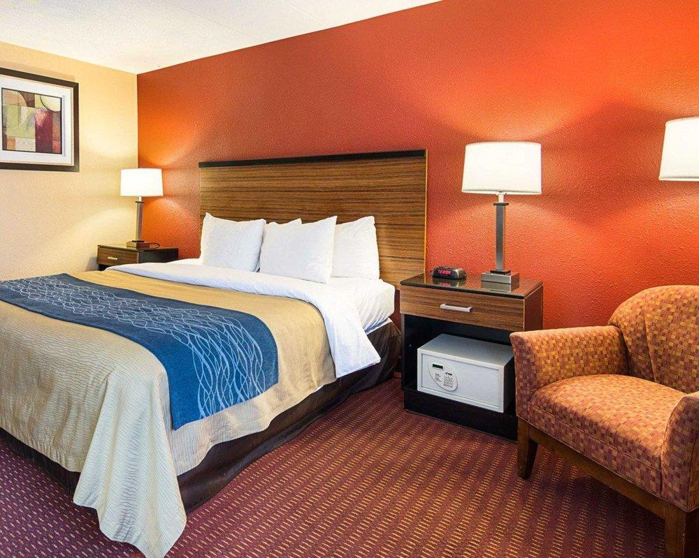 comfort inn 45 photos 17 reviews hotels 6363 oxon hill rd