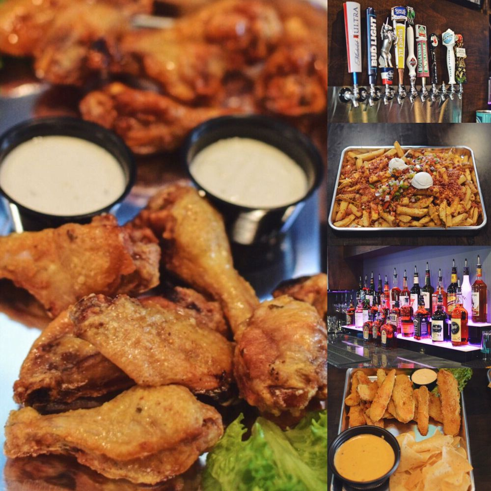 Rooster's Sports Bar