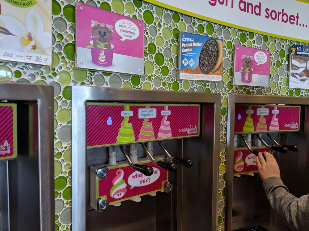 Menchie's Frozen Yogurt: 943 Airport Center Dr, Allentown, PA