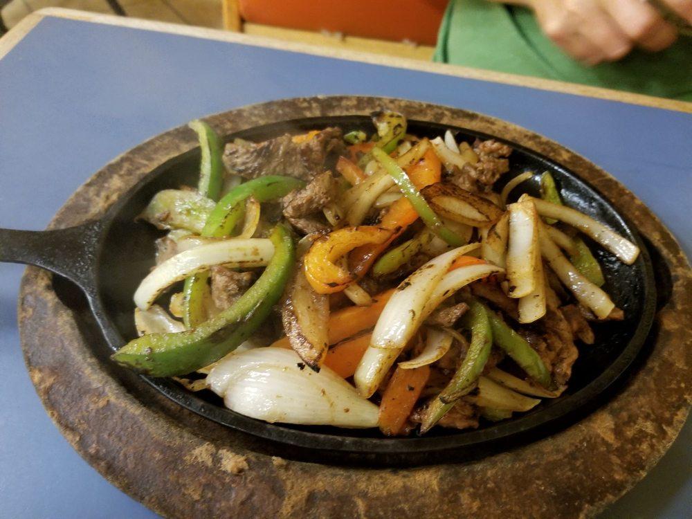 Salvadoran Cuisine: 15260 SW 280th St, Homestead, FL