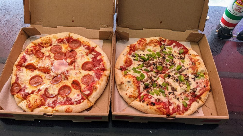 Vince's New York Pizza: 9 N Main St, Smithsburg, MD