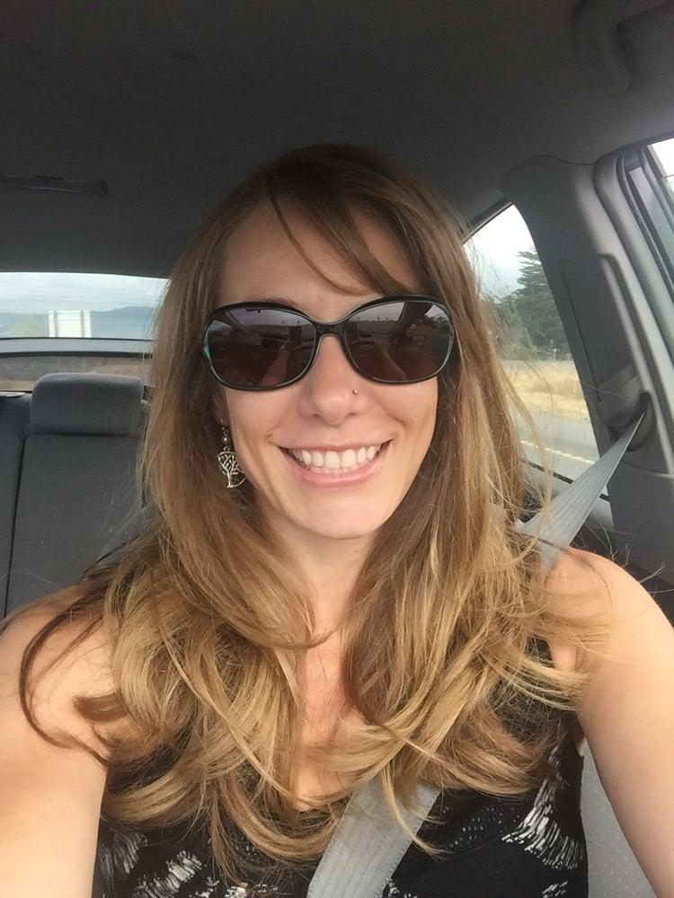 Root essentials salon ferm 12 avis coiffeurs for Samantha oups au salon de coiffure